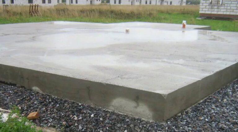 Монолитный фундамент, монолитная поверхностная плита